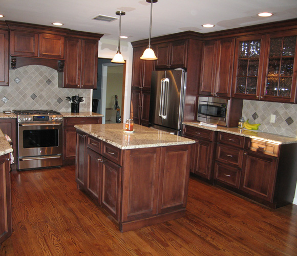 Glamorous 10 custom kitchens decorating inspiration of 44 for Bathroom cabinets cincinnati